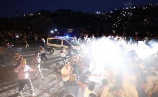 İsrail polisi Mescid-i Aksa'da cemaate müdahale etti: 113 kişinin yaralandı