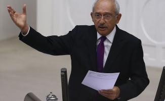 Kılıçdaroğlu: Bir yıldır OHAL uygulanan Türkiye'de muhalifler cezalandırılırken, FETÖ'nün siyasi ayağı örtbas ediliyor