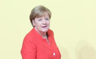 Merkel: Azınlık hükümetindense yeniden seçime gitmeyi tercih ediyorum