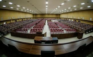 Orgeneral Akar'ı Gülen'le görüştürmek isteyen Evrim hakim karşısında
