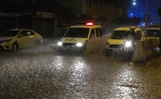 İzmir ve Aydın çevrelerinde kuvvetli yağış bekleniyor