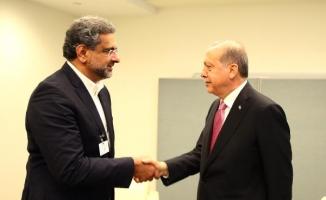 Erdoğan Pakistan Başbakanı Shahid Khaqan Abbas ile görüştü
