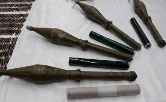 Hakkari'de patlamaya hazır RPG-7 antitank mühimmatları bulundu