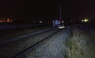 Niğde'de yük treninin çarptığı genç öldü
