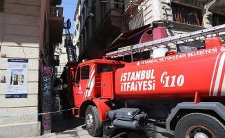 Söndürülmeyen sigara İstanbul'u yaktı