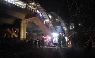 TCDD deposundaki yangın nedeniyle İZBAN seferleri durduruldu