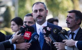 Adalet Bakanı Gül: FETÖ'den 49 bin 697 kişi tutuklu
