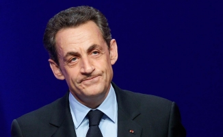 Fransa'nın eski Cumhurbaşkanı Nicolas Sarkozy gözaltına alındı