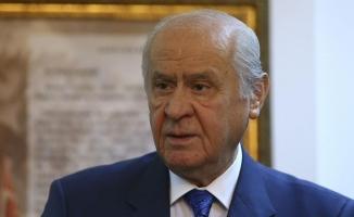 MHP Lideri Bahçeli'den Deniz Baykal'a geçmiş olsun mesajı
