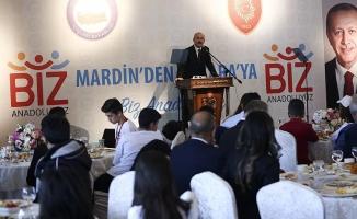 Soylu Mardin'den gelen 200 öğrenciyle buluştu