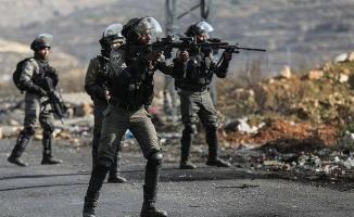 Gazze'deki gösterilerde biri engelli 2 kişi daha şehit oldu