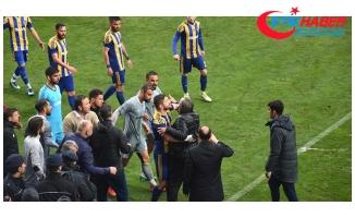 Kastamonuspor Başkanı, Futbolcusuna Kendi Kalelerine Gol Atması Talimatı Verdi