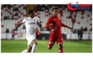 Antalyaspor'u 2-0 Mağlup Eden Kayserispor Kupada Çeyrek Finale Yükseldi