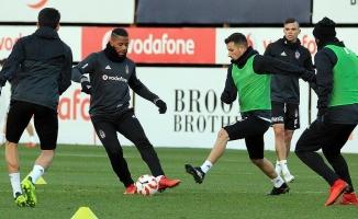Beşiktaş başkentte tur peşinde