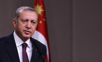 Cumhurbaşkanı Erdoğan: Daima gazi ve şehit yakınlarımızın yanındayız