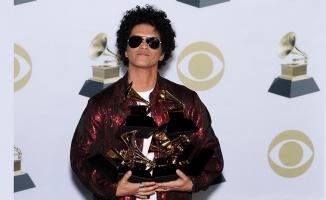 Grammy ödüllerine Bruno Mars damgası