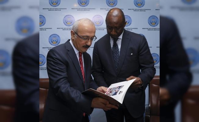 Kalkınma Bakanı Elvan Mali'de