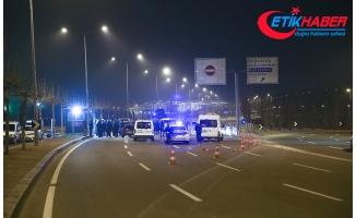 Cumhurbaşkanlığı Külliyesi Önünde Bariyerlere Çarpan Alkollü Sürücü Gözaltına Alındı