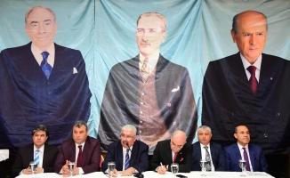 MHP'li Yalçın: Liderin örse vurduğu yere balyoz vuracağız