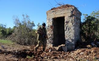 Afrin'deki terör mevzileri topçu atışlarıyla vuruluyor