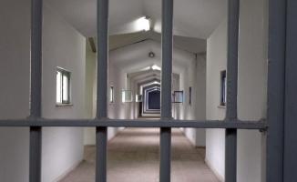 9 muvazzaf askerden 8'ine tutuklama