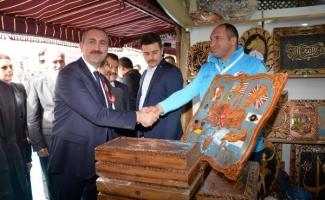 Bakan Gül: Mehmetçik Afrin'de destan yazdı