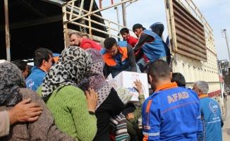 TSK ve AFAD'dan Suriye'de terörden arındırılan bölgelere insani yardım