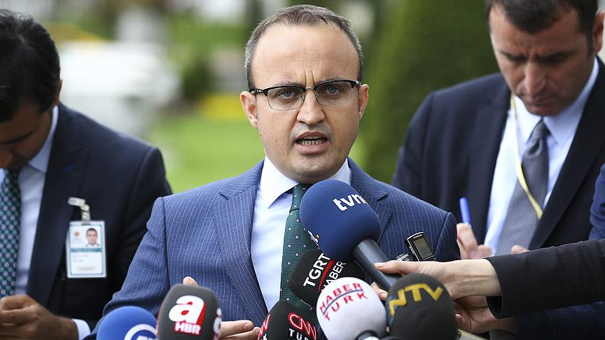 AKP'li Turan: Kandil'i vuruyoruz ses anamuhalefetten geliyor. DHKP-C'yi vuruyoruz ses anamuhalefetten geliyor