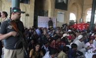 Pakistan en az 100 Hint balıkçıyı gözaltına aldı