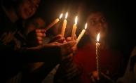 "Gazze'de ""mumlu"" protesto"