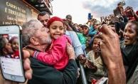 """Brezilya eski devlet başkanı Lula """"yolsuzluk çetesi yönetmekle"""" suçlanıyor"""