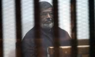 """Mısır'da Mursi ve İhvan yetkililerinin """"terör listesine"""" alınması onandı"""