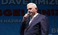 Başbakan Yıldırım: FETÖ'nün ayakta alkışladığı yürüyüşü yapmak gaflettir