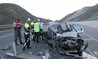 Erzincan'da trafik kazası: 5 ölü