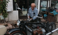 Otomobil motorundan motosiklet üretti