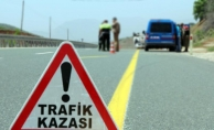 Tokat'ta tır biçerdövere çarptı: 2 yaralı