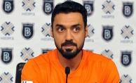Ünlü futbolcu Bekir İrtegün'e FETÖ'den gözaltı