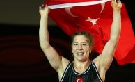 Yasemin Adar dünya şampiyonu oldu ve bir ilke imza attı