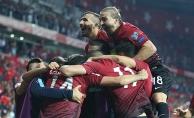 A Milli Futbol Takımı, şansını sürdürdü
