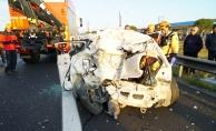 Bolu'da tır otomobile çarptı: 1 ölü, 3 yaralı