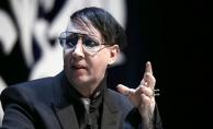 Marilyn Manson sahnede yaralandı