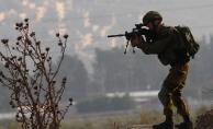 İsrail askerleri Filistinli bir çocuğu şehit etti