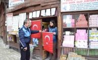 Safran kentinden Mehmetçiğe ay-yıldızlı destek