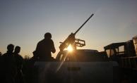 TSK ve ÖSO, Afrin'in batısındaki Arşali köyünü terör örgütü PYD/PKK'dan temizledi