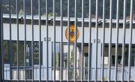 PKK/PYD yandaşları Almanya'nın Girit Konsolosluğunu işgal etti