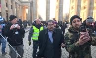 Terör örgütü elebaşı Salih Müslüm Berlin'de PKK mitingine katıldı
