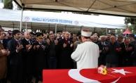 Şehit Uzman Çavuş Dinek'in cenazesi memleketi Denizli'de defnedildi