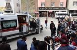Siirt'te öğrenci servisi devrildi: 18 yaralı