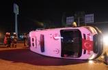 Hatay'da ambulansla kamyonet çarpıştı: 6 yaralı