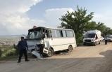 Kahramanmaraş'ta kamyon ile minibüs çarpıştı: 7 yaralı